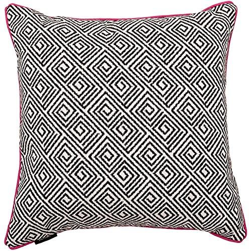 McAlister Textiles BW Aztec Cushions (50 x 50cm, Acapulco)