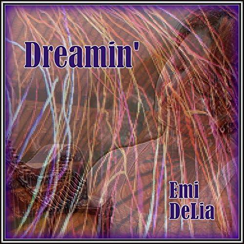 Emi Delia