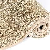 MAYSHINE Alfombra de baño de microfibra densamente absorbente antideslizante de lujo, suave felpa, lavable a máquina, gruesa alfombra de baño para baño, bañera, ducha, baño (43 x 61 cm), color beige