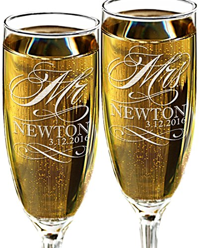 Mr and Mrs Champagne Wedding Glasses, Set of 2 Personalized Toasting Flutes, Engraved Mr and Mrs Wedding Toast Glass Flutes, Bride and Groom