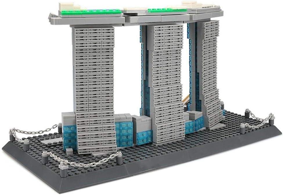 Kathedrale Notre Dame. Architektur Modell zum Bauen mit Bausteinen. Marina Bay Sands