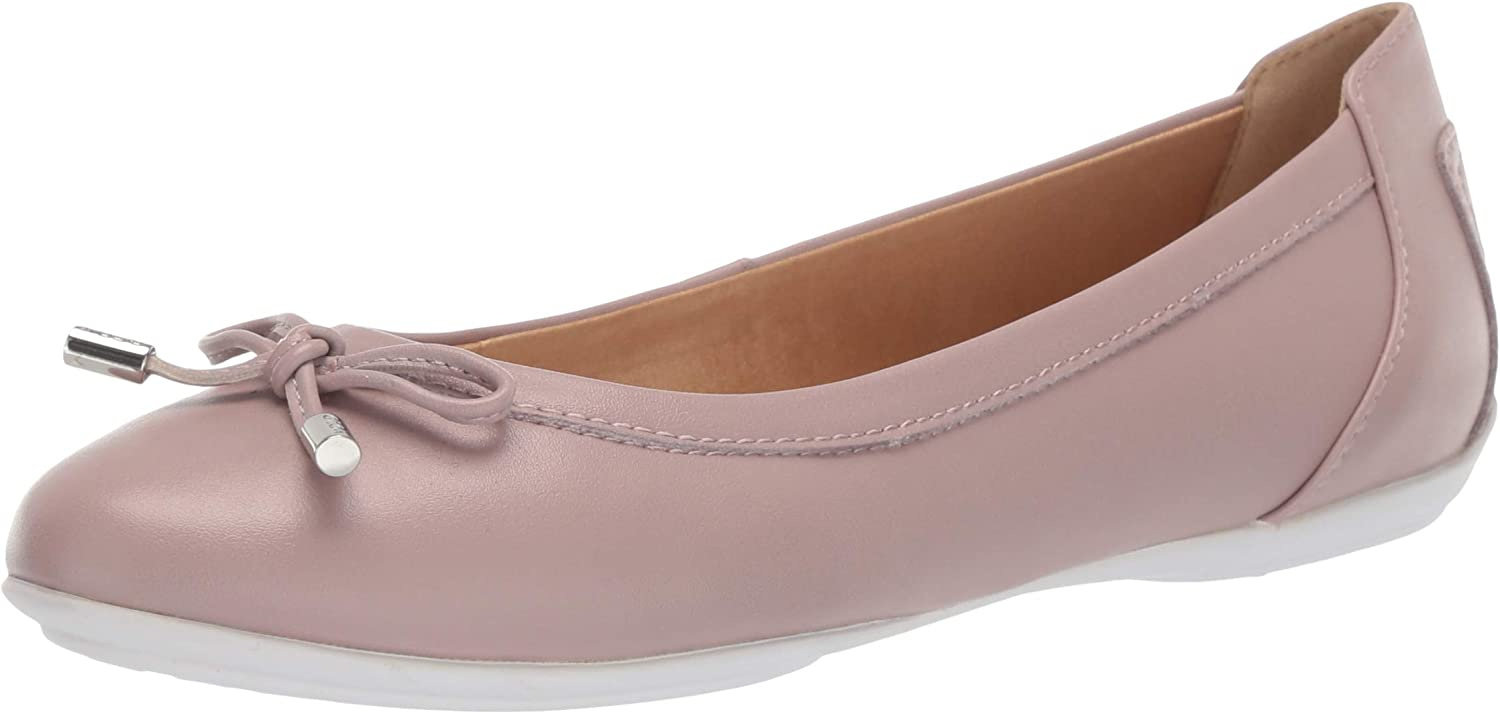 Geox Women's Charlene 27 Round Toe Ballet Flat with Bow