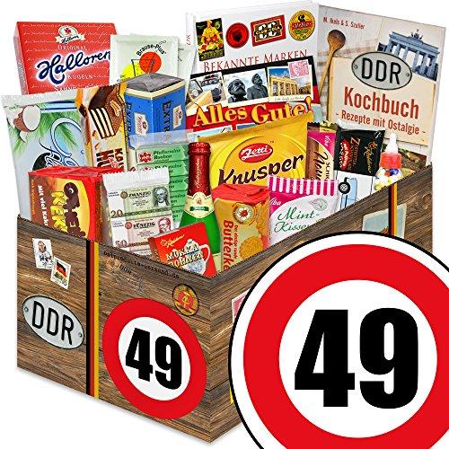 Geschenkideen für Ossis zum 49. - DDR Paket mit Ost Süssigkeiten + Geschenkverpackung