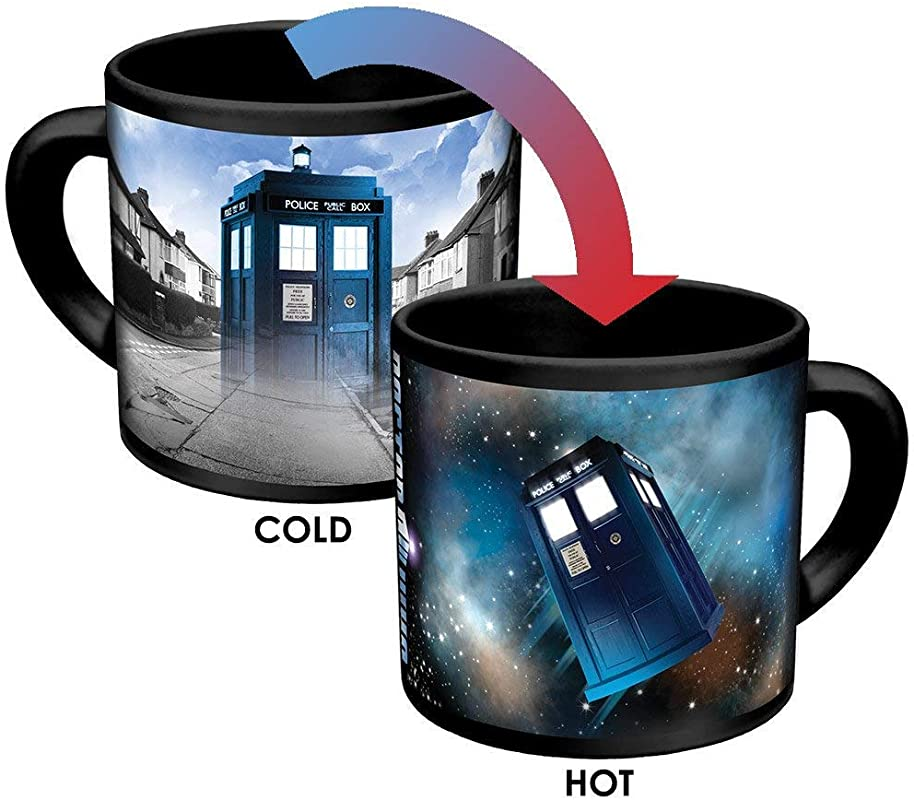 Doctor Who Disappearing TARDIS Coffee Mug Add Hot Liquid And Watch The TARDIS Move From London To The Stars Comes In A Fun Gift Box
