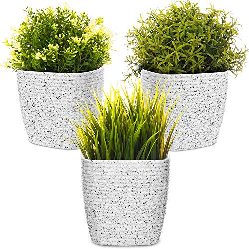 LIVIVO Flower and Plant Pot with Stripe Design for Indoor or Outdoor Use, Hard Wearing Durable 12cm Diameter Toughened Plastic (Set of 3, White)