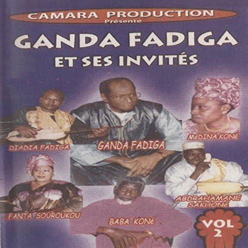 Ganda Fadiga feat. Diadia Fadiga, Médina Koné, Fanta Souroukou, Baba Koné & Abdrahamane Sakhoné