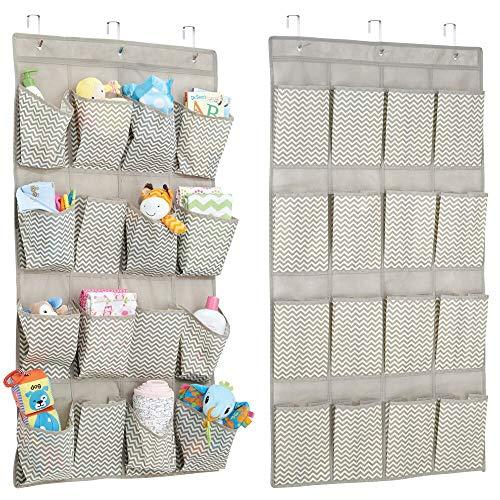 mDesign Juego de 2 organizadores de ropa, de tela – Estanteria colgante para organizar armarios con 16 divisiones – Ideal para artículos de bebé, mantas y juguetes – topo/natural