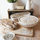 Navaris Brot Gärkörbchen Gärkorb rund - Brotform Set mit Leineneinsatz und Teigabstecher - Ø 25cm Rattan Korb Brotkorb für max. 1kg Teig - 2