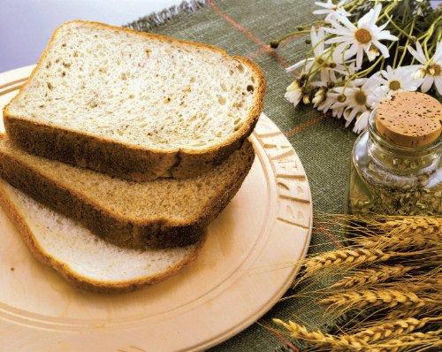 Panasonic SD-2500WXC Compact Breadmaker with Gluten Free Programme, White
