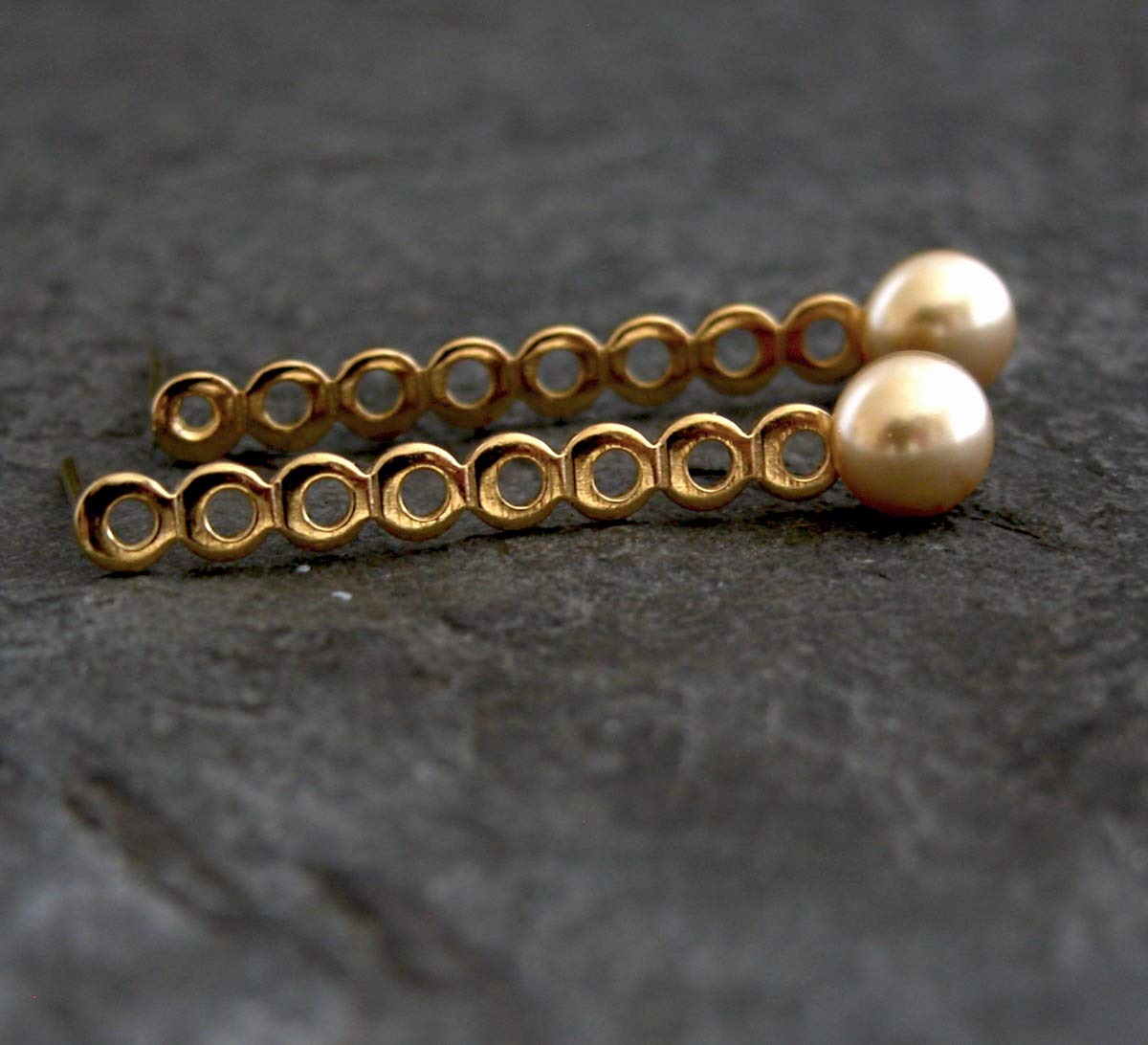 gift Gold At the price of surprise Pearl Wedding Earrings Bridesmaids Stud Long