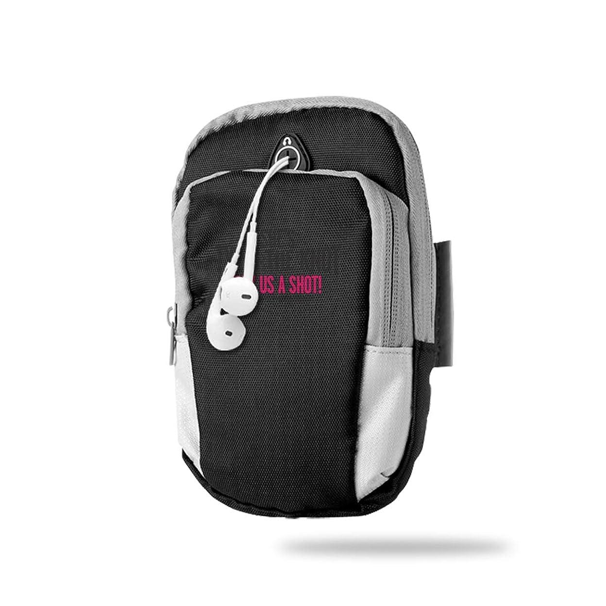 コンサートコーラス包帯スポーツアームバンド アームポーチ ウォーキング イヤホン穴付き 調節可能 軽量 ランニング ジョギング 多機能ポーチ ウエストバッグ スマホ収納