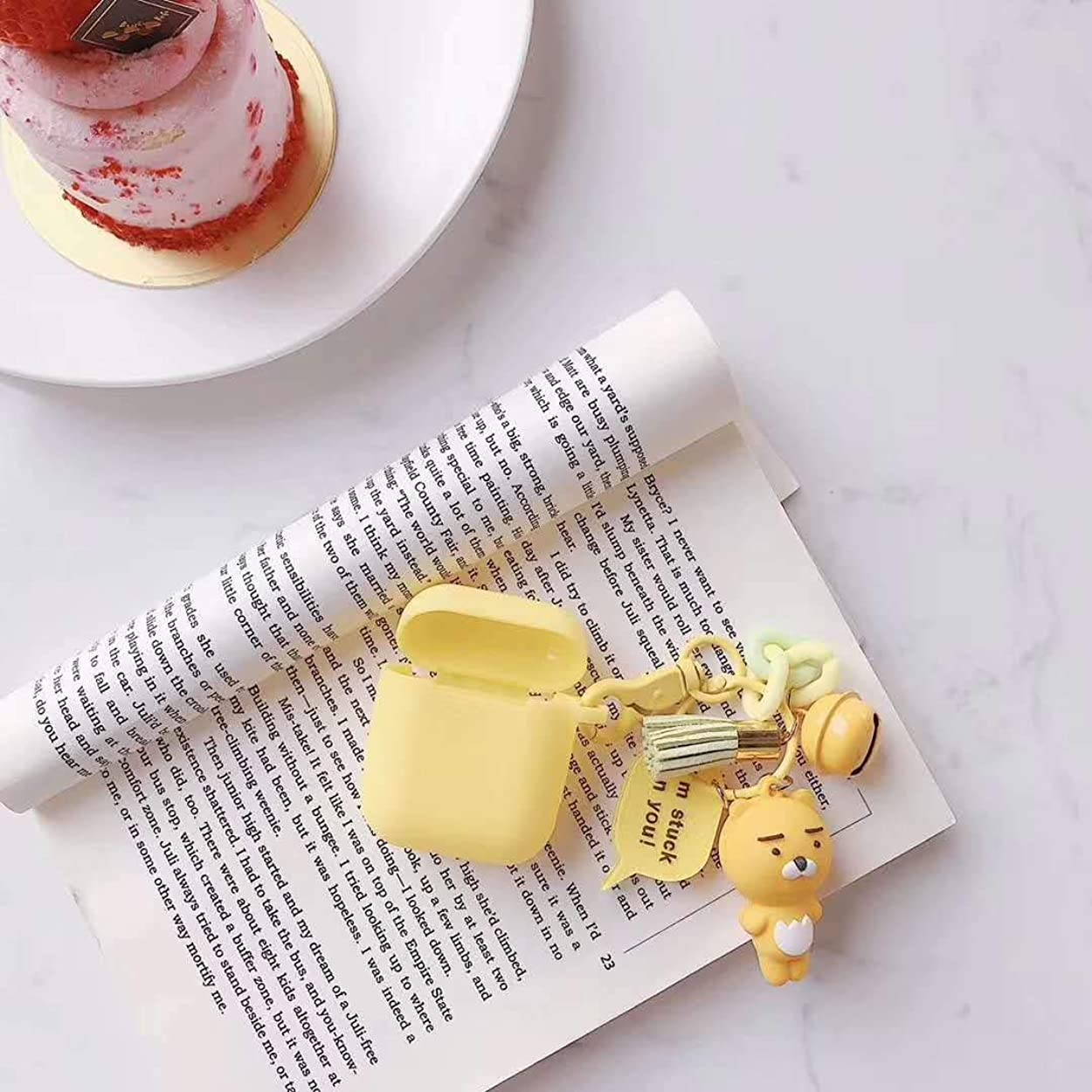 新鮮なバルーンくまPINGF ワイヤレスヘッドホンケース 該当するアップルのairpods保護カバーの漫画のクマのキーホルダーワイヤレスのBluetoothヘッドセットは、粉々になりにくいシリコーン女性 (Color : Yellow, Size : Airpods)