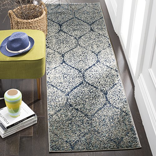 Safavieh Madison Collection MAD604G Geometric Ogee Trellis Distressed Runner, 2' 3