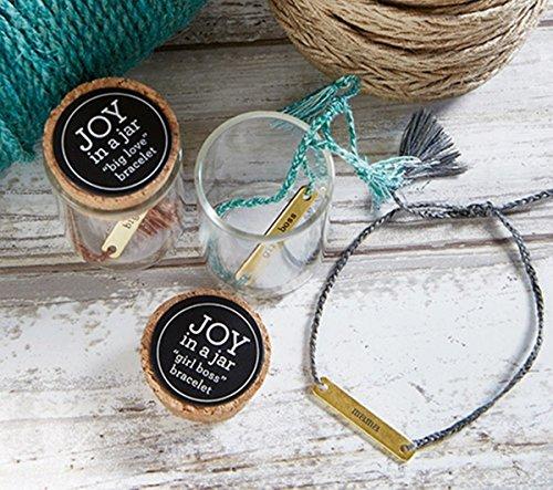 『Joy in a Jar Kingdom インスピレーションジュエリー スレッドブレスレット 真鍮プレート付き 6インチ』のトップ画像