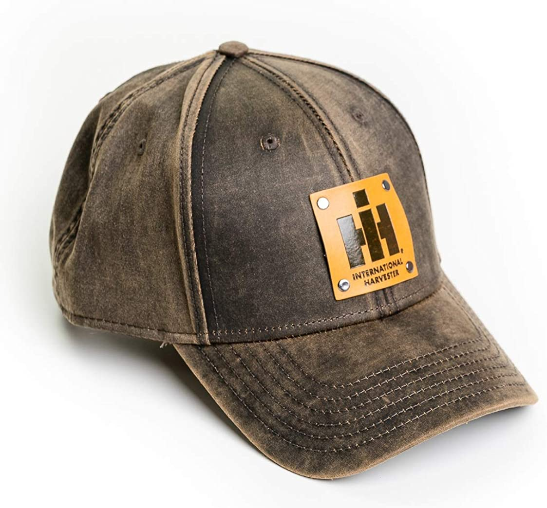 Spring new work one after another International Harvester cheap IH Tractor Hat Oil with Leather Emblem