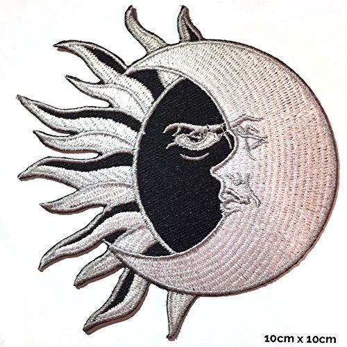 Écusson brodé Real Empire - À repasser ou à coudre - Motif yin et yang lune/soleil - Pour déguisement, costume, T-shirt, sac, veste (WLD1003)
