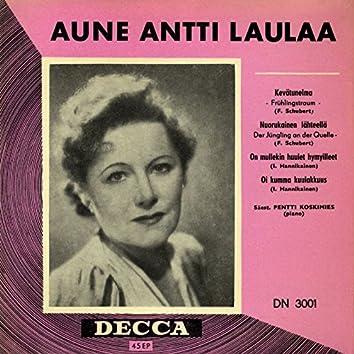 Aune Antti laulaa