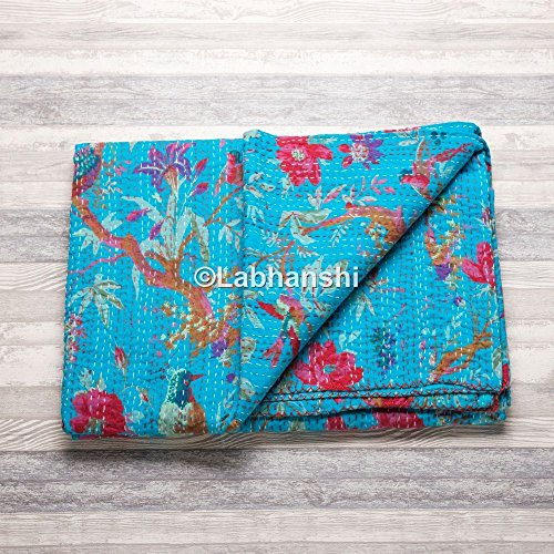 Couvre-lit Kantha en coton indien avec imprimé d'oiseau, matelassé, gudri ralli, surpiqûres à la main, superbe design antique fait à la main, couvre-lit/tapisserie bohème.