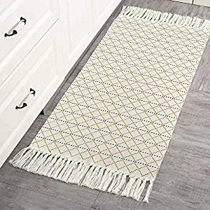 Boho Kitchen Rug Small with Tassels, Woven Cotton Area Rug Washable, Reversible Moroccan Accent Tribal Decorative Throw Floor Carpet for Bath Porch Entryway Hallway Door Mat 2'x4.3′, Yellow/Cream