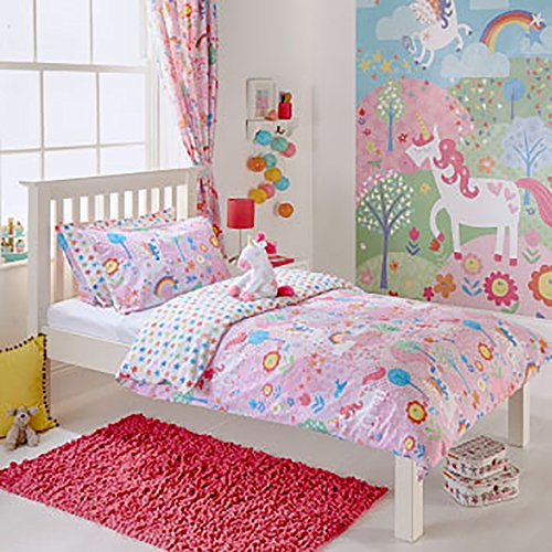 Riva Paoletti Kids Unicorn Double Duvet Set - 2 x Pillowcases Included - Pink and White - Reversible Design - Machine Washable - 200 x 200cm (79' x 79' inches) - Designed in the UK