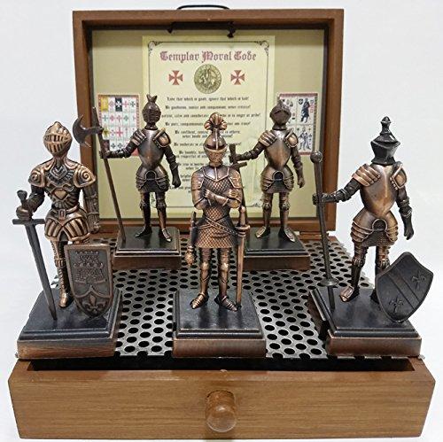 Conjunto de 5 Miniaturas de Cavaleiros Templários em metal