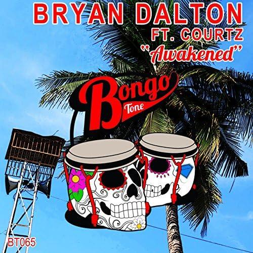 Bryan Dalton, Courtz