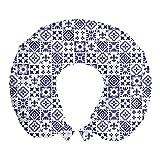 ABAKUHAUS Índigo Cojín de Viaje para Soporte de Cuello, Azulejo Cuadrado Modelo Abstracto, de Espuma con Memoria y Funda Estampada, 30x30 cm, Indigo Blanca