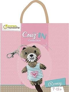 Avenue Mandarine kc049C Juego Mini couz 'in, ideal para niños a partir de 6años, con 1llavero, vorgelochte Fell Elementos, aguja de relleno (, 1de plástico, 3carretes de hilo, 1juego, Romy