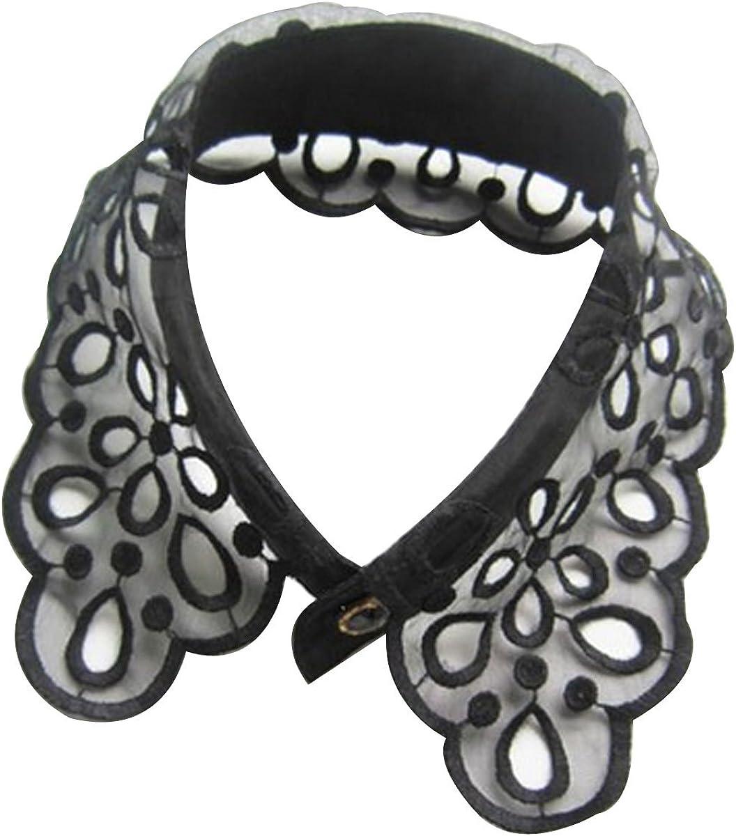 Wrapables Black Romantic Floral Lace Collar Necklace
