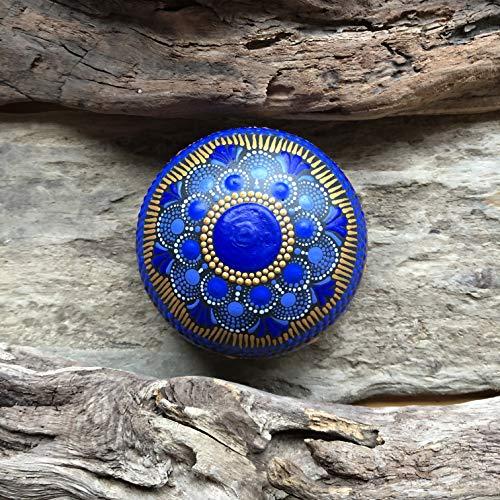 Einzigartiges handbemaltes Mandala