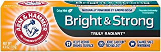 ARM & HAMMER Bright & Strong Truly Radiant Toothpaste, Crisp Mint 4.3 oz (Pack of 4)