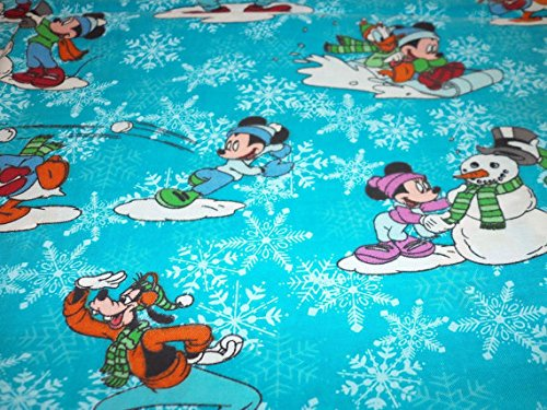Mickey & Minnie Friends Christmas Fabric Goofy Donald Duck Snowman New BTFQ