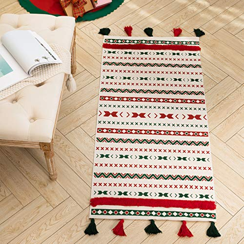 Boho Christmas Tassel Area Rug for Kitchen Living Room Bedroom Bathroom, Cotton Woven Moroccan Tufted Tribal Rug for Xmas Decoration, Farmhouse Décor Small Cute Rug for Girls 2'x4.3'
