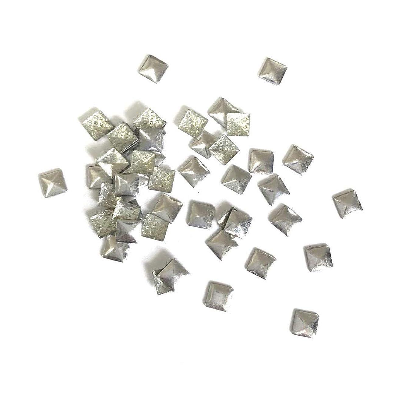ウールすり減る見物人【ネイルウーマン】メタルパーツ スタッズ シルバー 銀 スクエア 四角形 (3mm) 約50粒入り