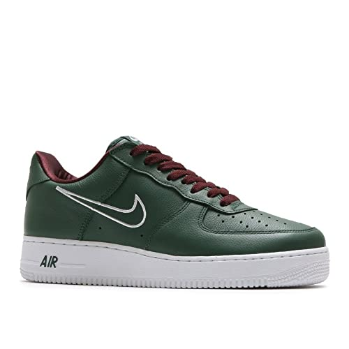 pretty nice 5eab5 93492 Nike Men s Air Force 1 UT Low PRM WIP Basketball Shoe