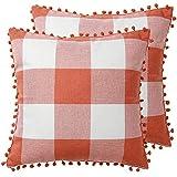 Funda de almohada de búfalo a cuadros, color naranja y blanco con pompones adornos de granja, algodón, lino, clásico, transpirable, decorativas, fundas de cojín para sofá de 45,7 x 45,7 cm, 2 unidades
