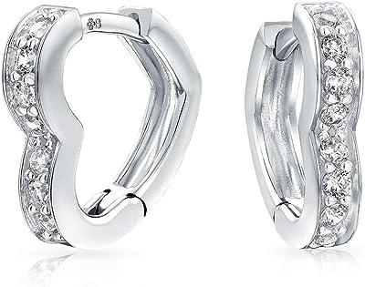 Romantico cubico Zirconia Pave CZ Open Heart A forma di cerchio Huggie Orecchini per donna Ragazza .925 Sterling Silver Hinge Chiusura