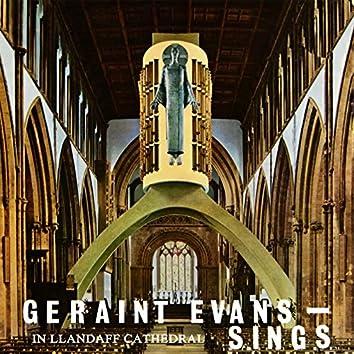 Geraint Evans Sings