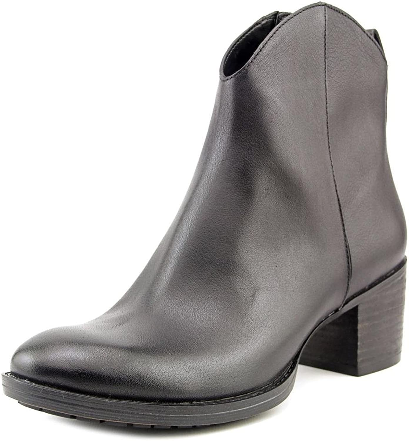 Clarks Women's Movie Act Classic Ankle Casual Boot