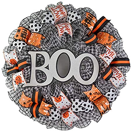 Festive Halloween Decoration Idea - Halloween Wreath