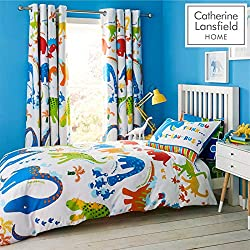 Treat your little one to this illustrated Dino print bed linen in bright green and blue tones with a contrasting jigsaw pattern reverse. Adorable dinosaur illustrations on a crisp white backdrop with a fun, jigsaw print reverse. Catherine Lansfield i...