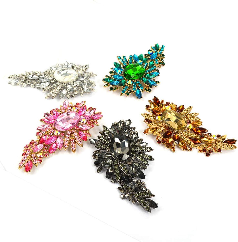 Axmerdal Women's Austrian Crystal Vintage Style Flower Leaf Cluster Brooch Pendant (5 colors)