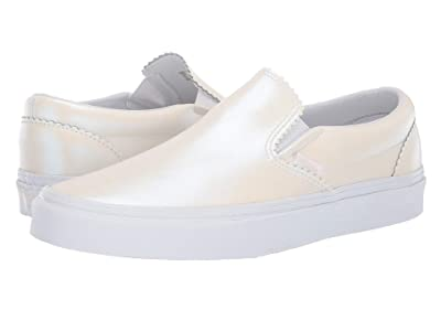 Vans Classic Slip-Ontm ((Pearl Suede) Classic White/True White) Skate Shoes