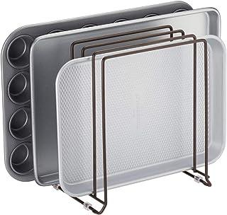 mDesign Soporte para bandejas de horno en metal – Compacto organizador de tapaderas para ahorrar espacio en armarios – Platero de cocina para guardar utensilios con 5 compartimentos – color bronce