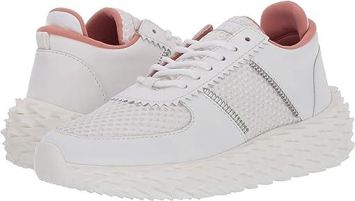 White/Cipria