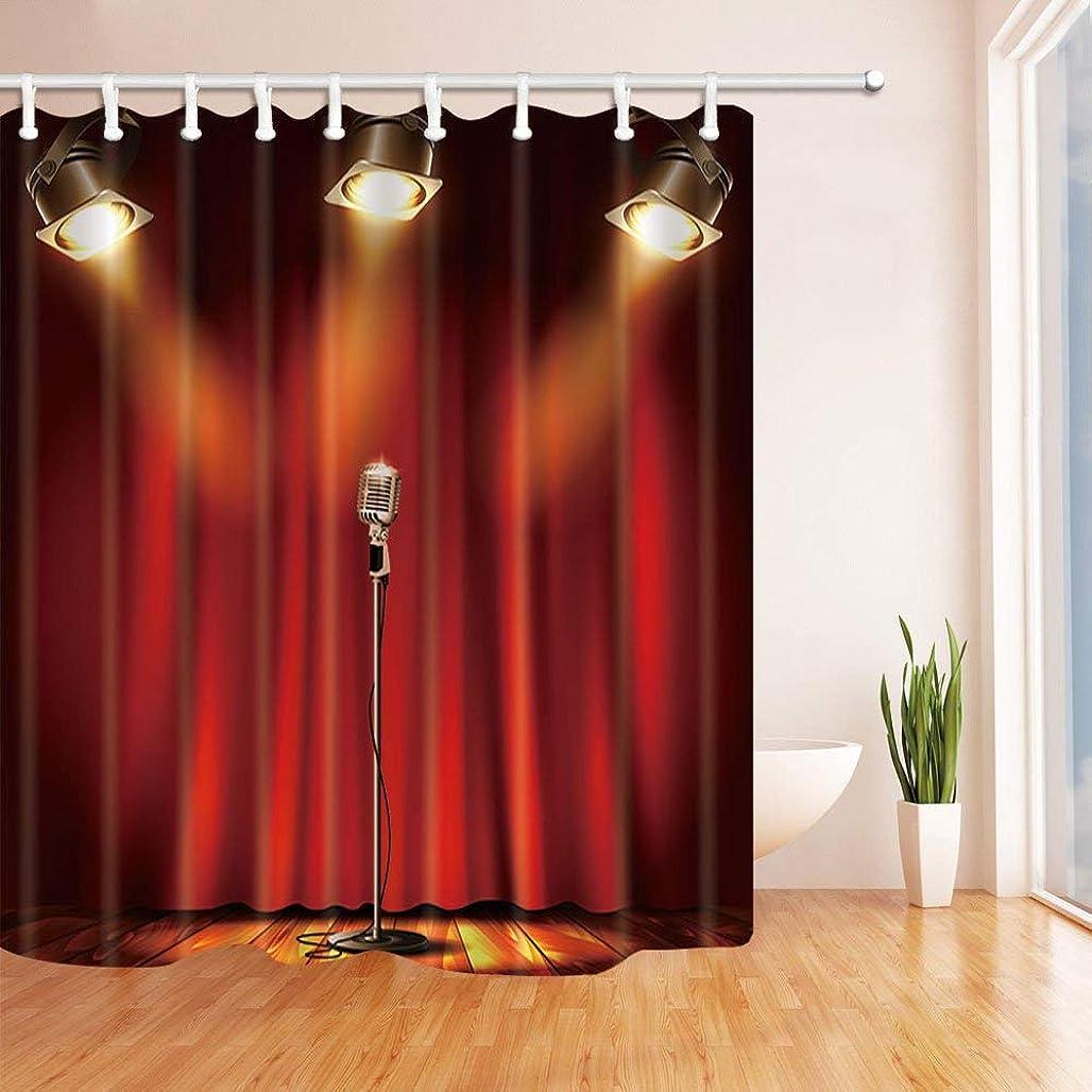 怖い剪断形GooEoo 赤いCurtiansの装飾、マイク、スポットライト、木製シャワーカーテン、防カビ性ポリエステルファブリック、浴室バスカーテン、フック付き71X71インチ