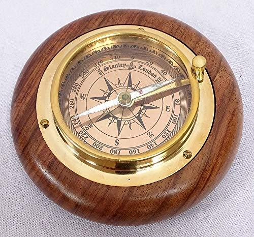 linoows Marine Kompass auf edlem Holzring, Magnetkompass als Briefbeschwerer 11 cm