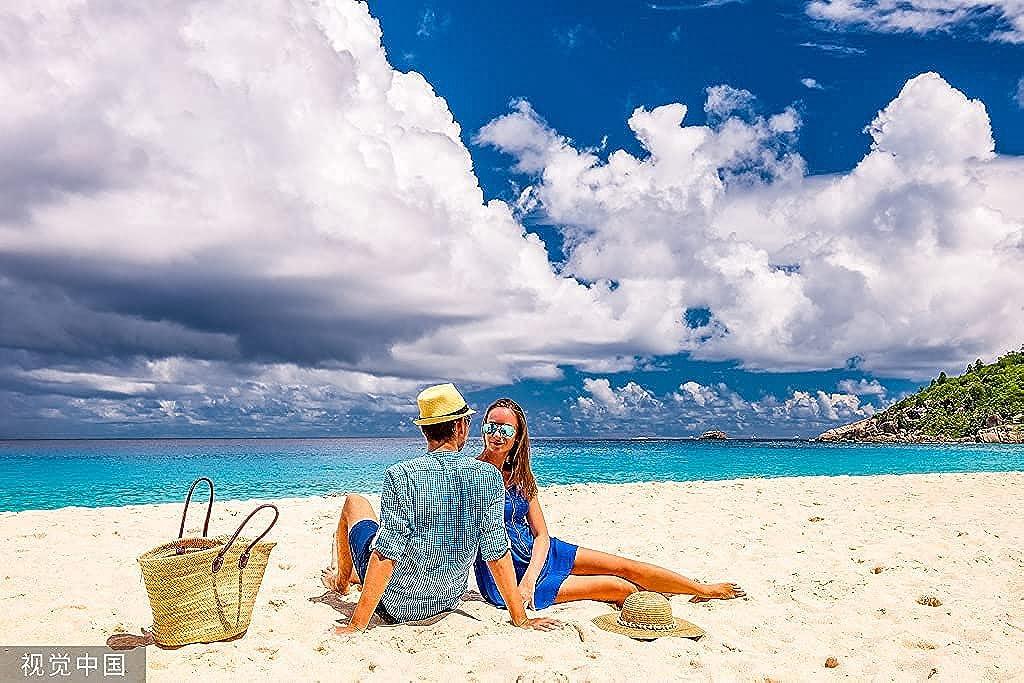 Women Summer-Straw-Fedora Hat Foldable Panama Sun Hat Short Brim Trilby-Hat - (22.8