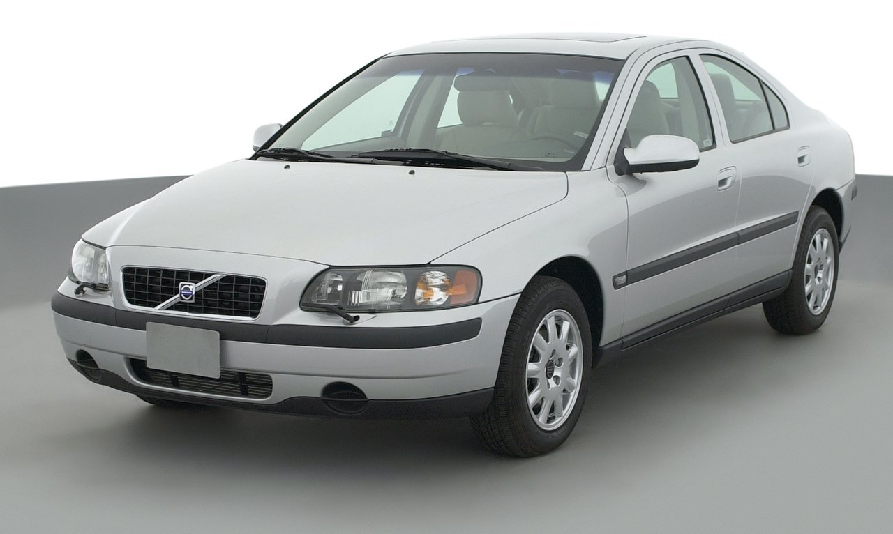 ... 2003 Volvo S60 2.3L Turbo, 4-Door Sedan