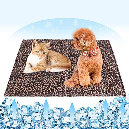 Lurdarin Dog Cooling Mat, Pet Mat - Cat Self Cooling Ice Silk Pad, Keep Cool in Summer Activated Comfort Cooling Gel Pet Pad Mat for Indoors Bed Floor